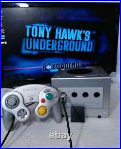Nintendo GameCube Console 2 Controllers, 1 Wavebird, Reciever Memory Card Works