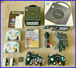 Nintendo GameCube Console Super Smash Bro Bundle + (4) Controllers + Memory Card