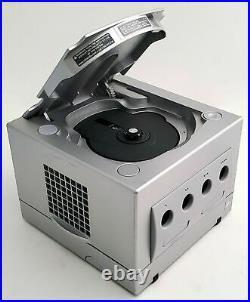 Nintendo GameCube PLATINUM SILVER Console + 2 Controllers + Memory Card Bundle