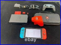 Nintendo Switch bundle With 1 controller and 128 micro ssd card and case