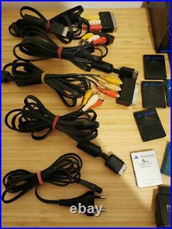 PLAYSTATION KONVOLUT 1x PS2 FAT, 3x PS2 Slim, 10x Controller, 8x Memory Card