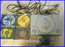 Sony PlayStation Classic(PS1) with charger+Memory Card+2 controlers+RARE