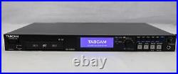 Tascam Recorder SS-R250N Solid State withRemote Control & 2 Memory Cards Working